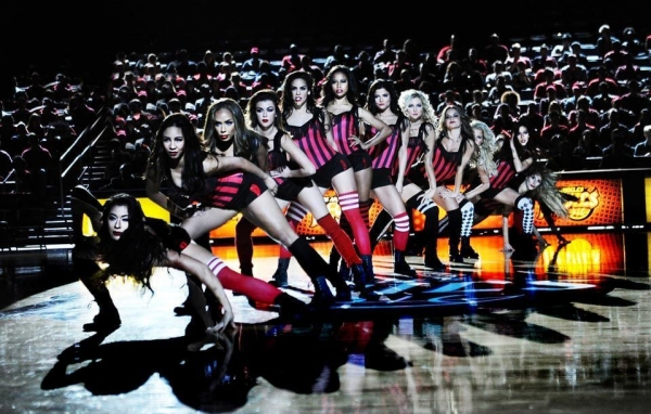1030hit-the-floor-arena-devil-girls