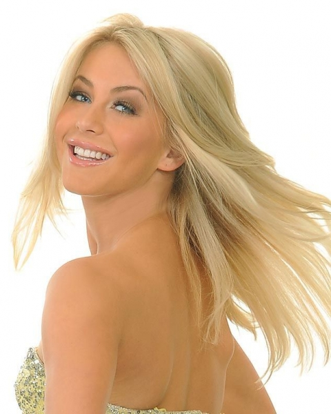 0044cmt-julianne-hough-0044