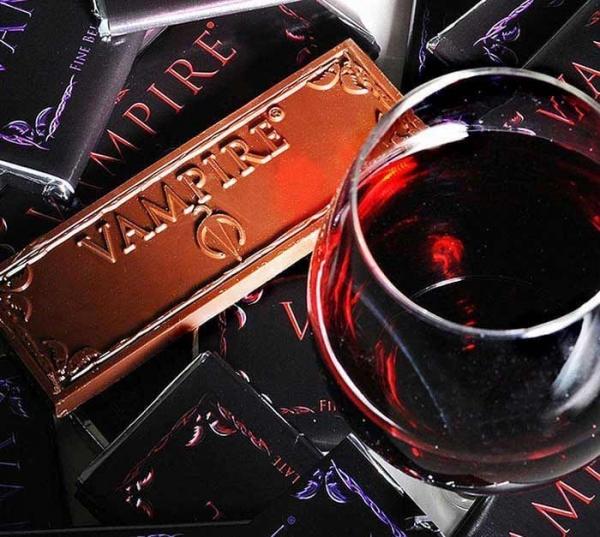 2882vampire-chocolate-winea